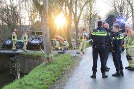 Tractor raakt van de weg in Wijdewormer