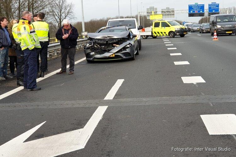 File op A7 richting Amsterdam door afgevallen glasplaten neemt af