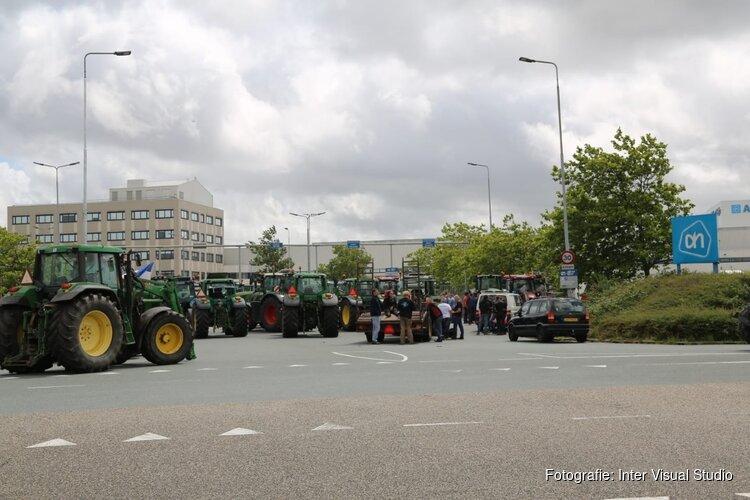 Boerenprotest bij distributiecentra AH en Aldi