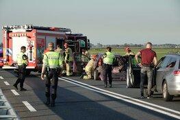 Botsing op brug N246: drie auto's total loss