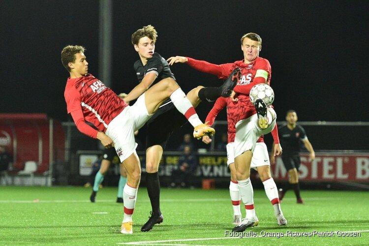 Jong AZ geeft voorsprong weg tegen MVV (3-3)