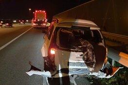 Inhaalactie leidt tot botsing op A7 bij Wijdewormer, twee auto's total loss